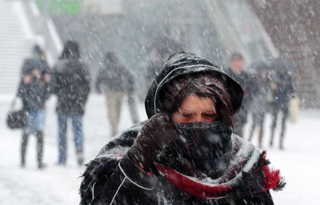 Επελαύνει ο «Ραφαήλ» - Προβλήματα σε όλη τη χώρα λόγω της κακοκαιρίας | tanea.gr