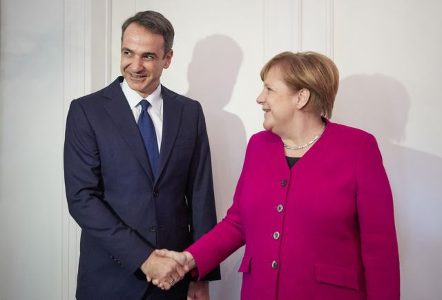 Mitsotakis explains to Merkel why he opposes Prespa Accord | tanea.gr