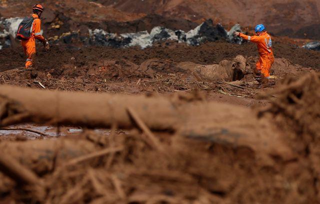 Βραζιλία: «Στερεύουν» οι ελπίδες για τους 279 αγνοούμενους - Επί ποδός οι διασώστες   tanea.gr