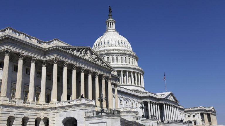 ΗΠΑ : Εγκρίθηκε και από τη Βουλή η προσωρινή άρση του shutdown | tanea.gr