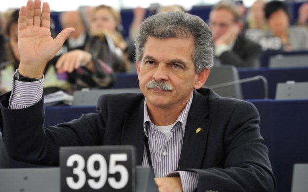 Δανέλλης: Αυτός είναι ο βουλευτής που θα κρατήσει τον Τσίπρα πρωθυπουργό ή θα φέρει εκλογές | tanea.gr