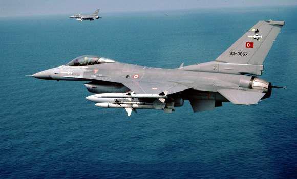 Δύο υπερπτήσεις σε Φαρμακονήσι και Παναγιά από τουρκικά F-16 | tanea.gr