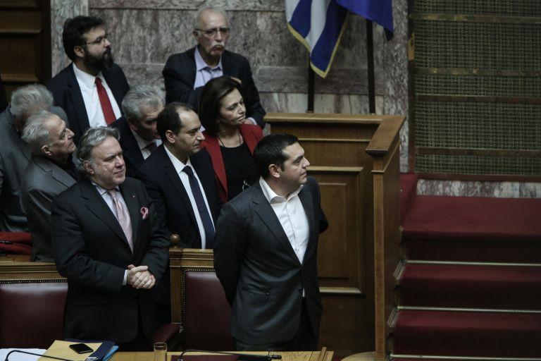 Σκληρό ροκ μέχρι τις εκλογές - Το σχέδιο Τσίπρα για να ανατρέψει τις προβλέψεις | tanea.gr