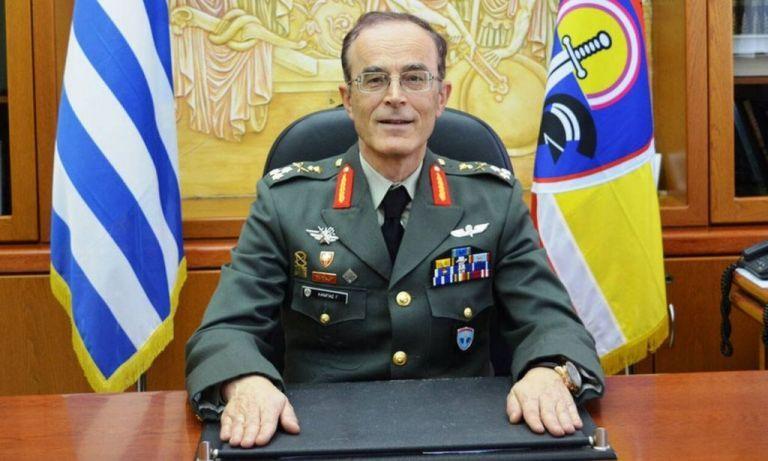 Εξιτήριο έλαβε ο νέος αρχηγός ΓΕΣ Γιώργος Καμπάς | tanea.gr