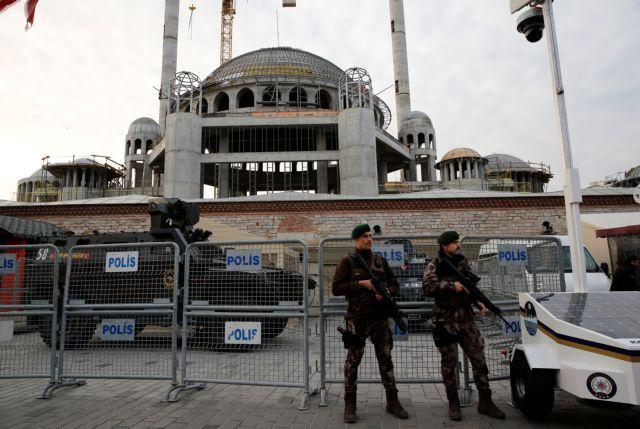 Τουρκία: Δημοσιογράφος απελάθηκε κατηγορούμενη για σχέσεις με τζιχαντιστική οργάνωση | tanea.gr