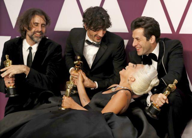 Lady Gaga: Αγγιξε το όνειρο | tanea.gr