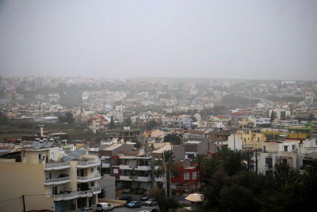 Βροχές και κύμα αφρικάνικης σκόνης θα «πνίξουν» την Ελλαδα | tanea.gr