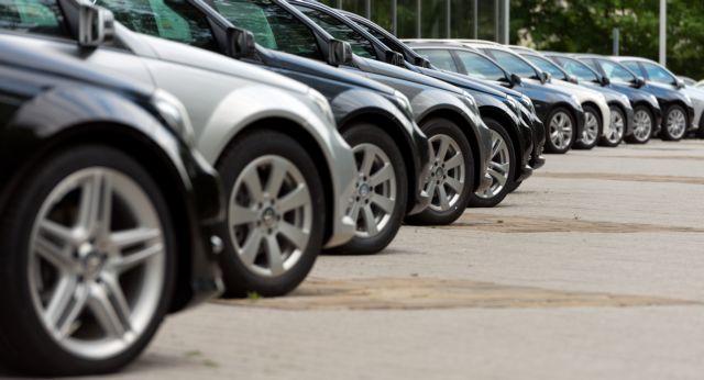 Σε δημοπρασία αυτοκίνητα και μηχανές - Από ξεκινούν οι τιμές | tanea.gr