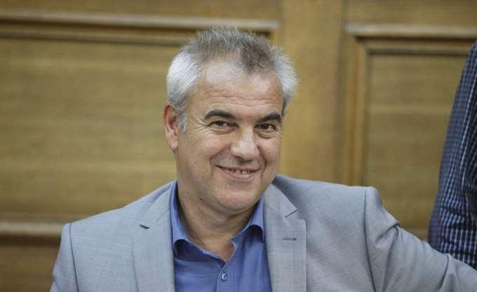 Αποδοκίμασαν τον βουλευτή του ΣΥΡΙΖΑ, Χρήστο Μπγιάλα, στα Γρεβενά   tanea.gr
