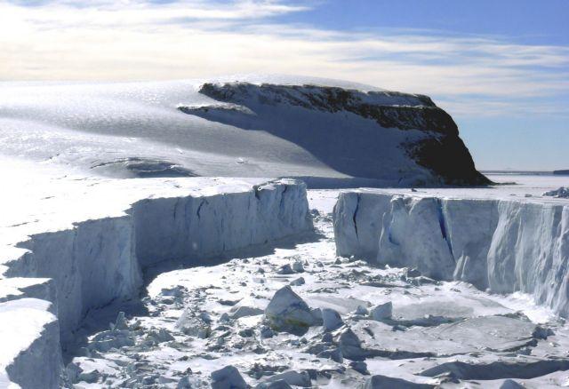 «Καμπανάκι» για το λιώσιμο των πάγων σε Γροιλανδία και Ανταρκτική | tanea.gr
