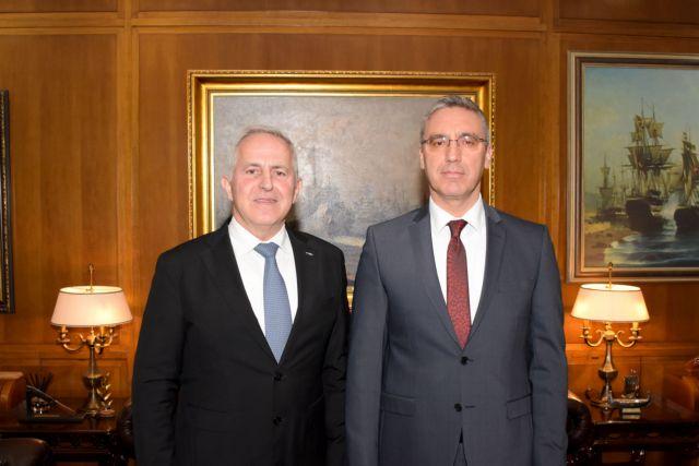 Συνάντηση Αποστολάκη με τον τούρκο πρέσβη | tanea.gr