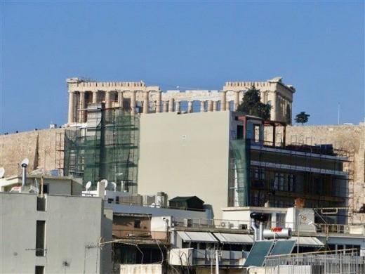 «Φρένο» στην ανέγερση πολυώροφων κτιρίων που κρύβουν τη θέα στην Ακρόπολη | tanea.gr