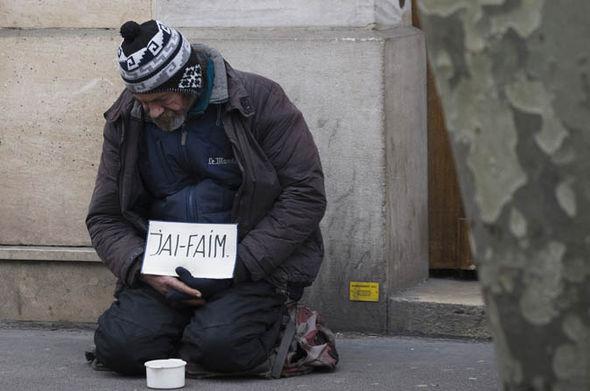 Γαλλία: «Νύχτα Αλληλεγγύης» για τους αστέγους στο Παρίσι   tanea.gr