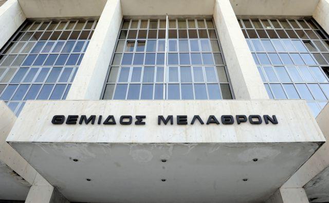 Αρνήθηκαν να δώσουν εξηγήσεις δύο εμπλεκόμενα πρόσωπα στην υπόθεση τωνύποπτων αποφυλακίσεων   tanea.gr