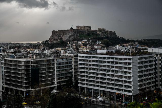 Εξηγήσεις από το δήμο της Αθήνας για το «τείχος» στην Ακρόπολη | tanea.gr