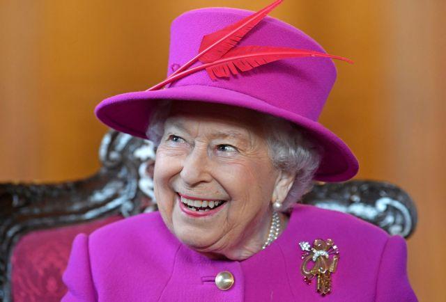 Ζητείται μπάτλερ για τη βασίλισσα Ελισάβετ | tanea.gr