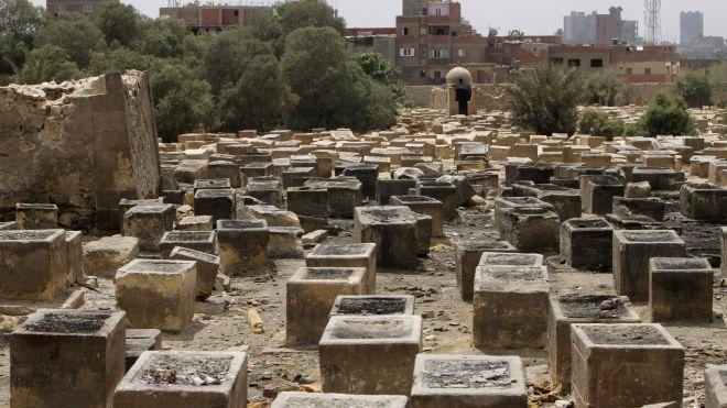 Αίγυπτος: Αποκαθίσταται το εβραϊκό νεκροταφείο στο Κάιρο | tanea.gr
