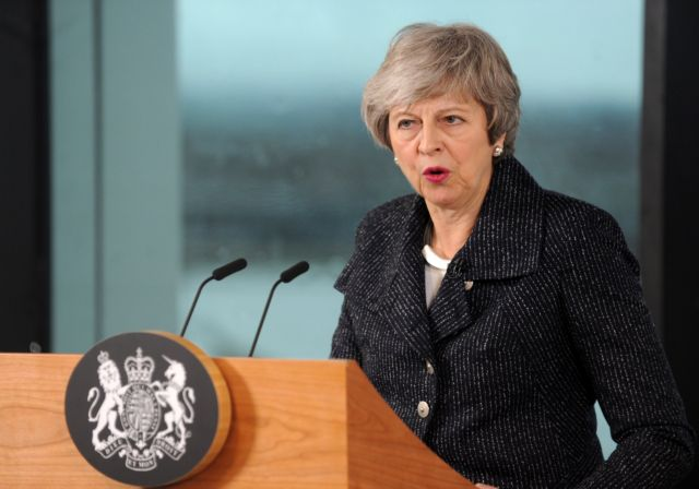 Brexit: Εμμένει στις αλλαγές η Μέι, παράταση θέλουν οι Εργατικοί | tanea.gr