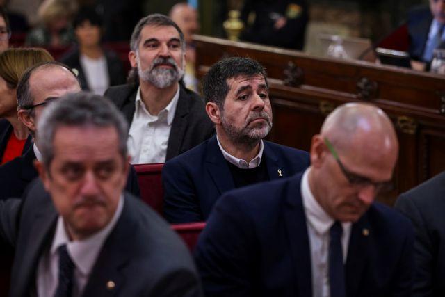 Αρχισε η δίκη των ηγετών του αυτονομιστικού κινήματος της Καταλωνίας | tanea.gr