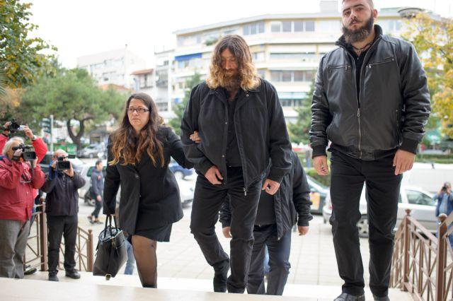 Η κραυγή του Ανδρέα Γιακουμάκη και ο λόγος που θα κάτσει στο εδώλιο | tanea.gr