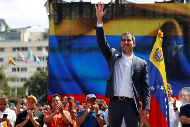 Παρίσι: Νόμιμο δικαίωμα στον Γκουαϊδό να διοργανώσει νέες εκλογές | tanea.gr