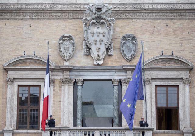 Ο Σαλβίνι θα έβλεπε τον Μακρόν για τη διπλωματική κρίση | tanea.gr