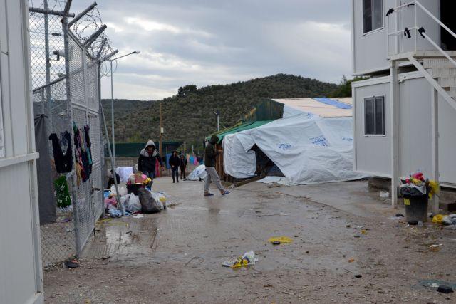 Καταγγελία για σκηνοθεσία σκηνικού κόλασης στη Μόρια από ΜΚΟ | tanea.gr