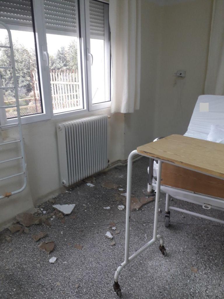 Πέφτουν σοβάδες δίπλα σε ασθενείς στο νοσοκομείο του Κιλκίς (εικόνες) | tanea.gr