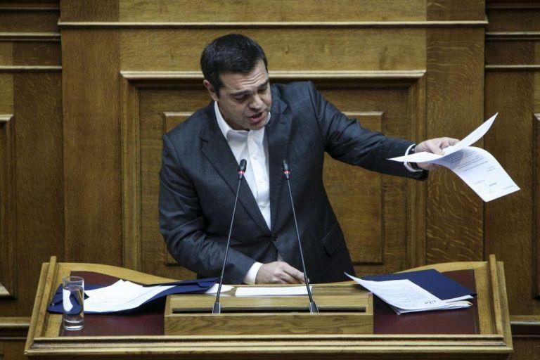 Τσίπρας σε Μητσοτάκη: Επιχειρεί να μετατρέψει τη Συνταγματική Αναθεώρηση σε παρωδία   tanea.gr