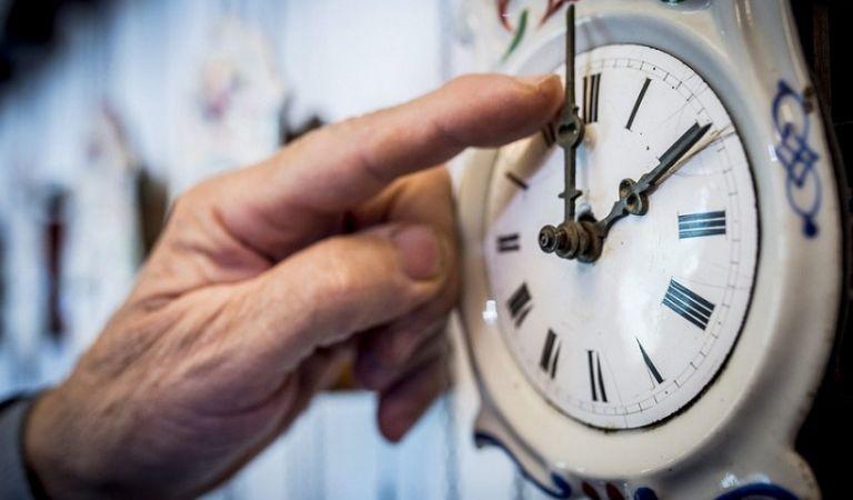 Αλλαγή ώρας: Στις 3:00 γυρίζουμε τα ρολόγια μας | tanea.gr