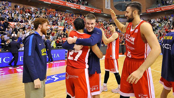 Η Μούρθια «σόκαρε» τη Μπάρτσα, εύκολη νίκη η Ρεάλ | tanea.gr