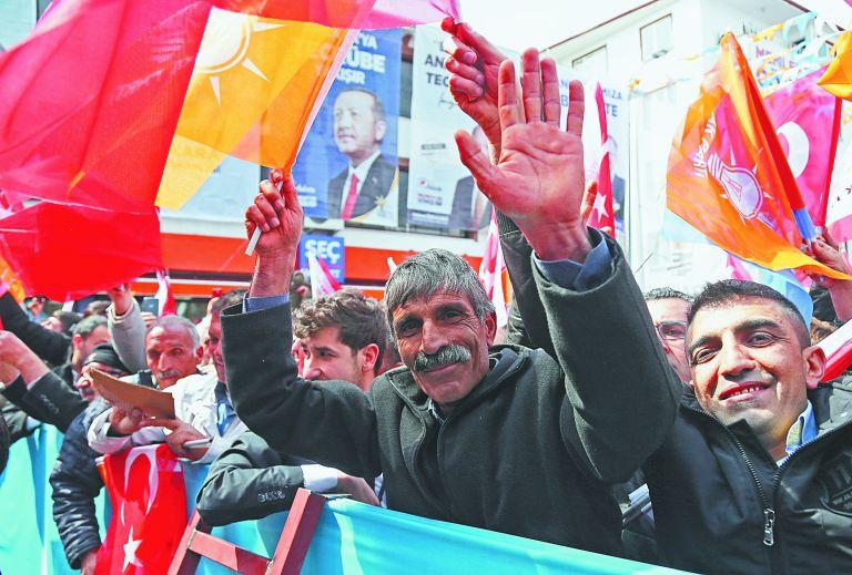 Γιατί «καίγεται» και προκαλεί διαρκώς ο Ερντογάν | tanea.gr