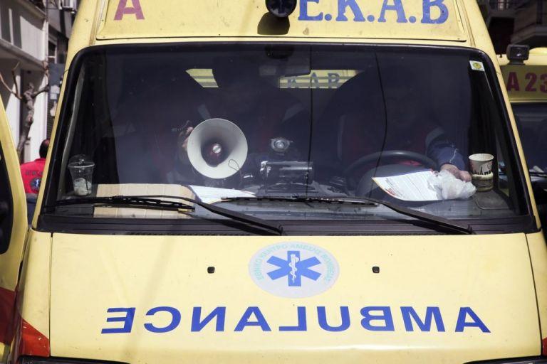 Άντρας αυτοπυροβολήθηκε μέσα στο ταξί του | tanea.gr