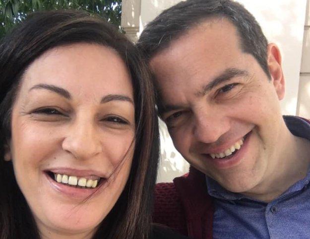 Προσωπικό Βατερλώ για τον Αλέξη Τσίπρα η παραίτηση Λοϊζου   tanea.gr