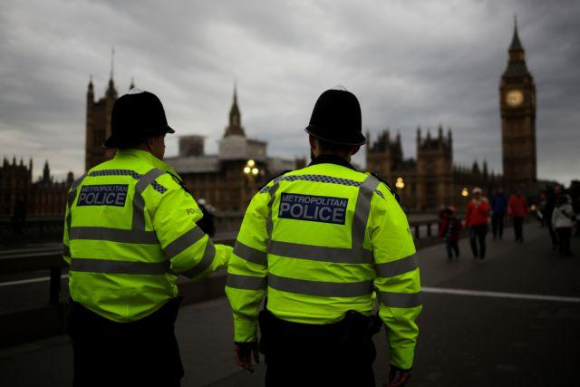 Λονδίνο: Ολοκληρώθηκε ο έλεγχος στο ύποπτο όχημα - Ανοιξαν οι δρόμοι | tanea.gr
