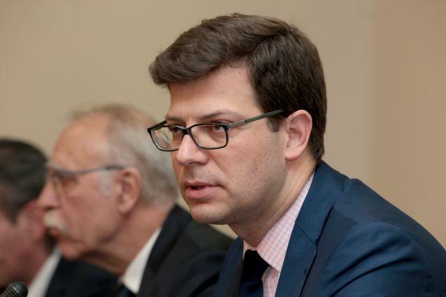 Τι λέει το υπουργείο Μεταναστευτικής Πολιτικής για την αγορά επίπλων του Τόλκα | tanea.gr