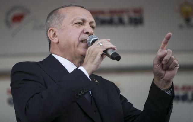 Δυσοίωνο νέο για τον Ερντογάν: Σε ύφεση η τουρκική οικονομία | tanea.gr