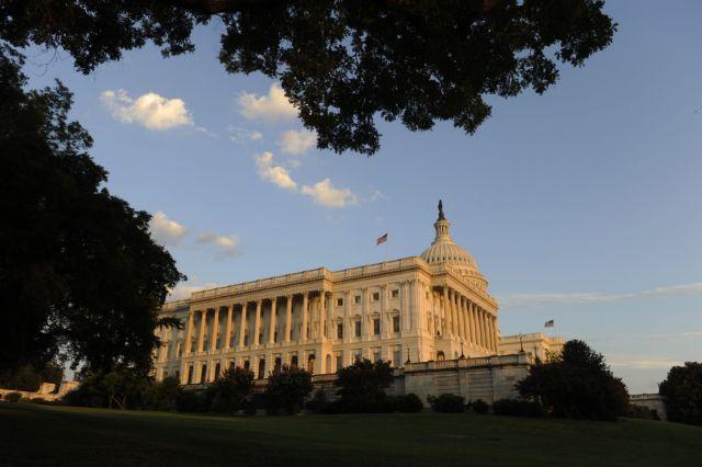 ΗΠΑ: Γερουσιαστής καταγγέλλει τον βιασμό της από αξιωματικό | tanea.gr