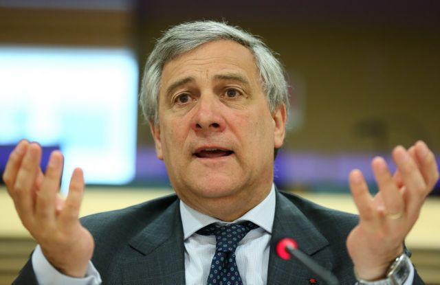 Την παραίτηση Ταγιάνι ζητά ο Ανδρουλάκης για τον… Μουσολίνι | tanea.gr
