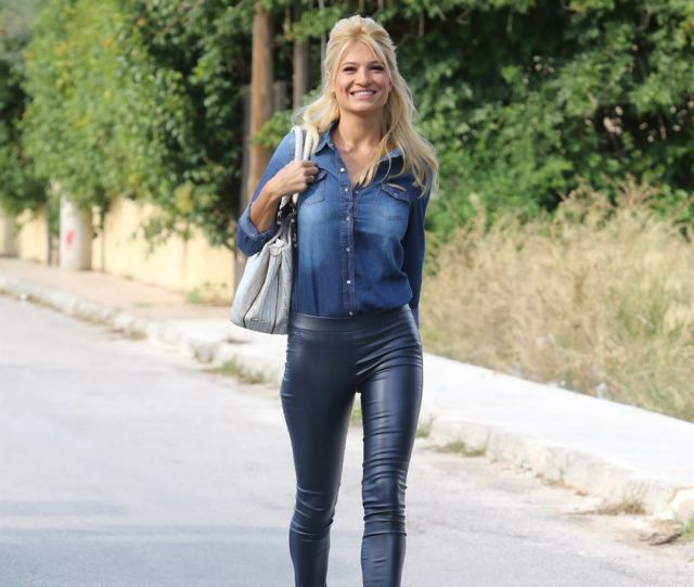 Φαίη Σκορδά: Σε ποιο εστιατόριο «έφαγε πόρτα» η γνωστή παρουσιάστρια   tanea.gr
