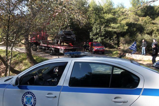 Κέρκυρα: Αυτοκίνητο έπεσε σε χαράδρα βάθους 100 μέτρων - Νεκρός ο οδηγός | tanea.gr