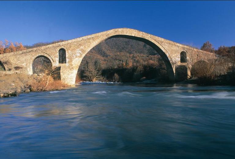 Τα γεφύρια των Γρεβενών, πέτρινα κομψοτεχνήματα | tanea.gr