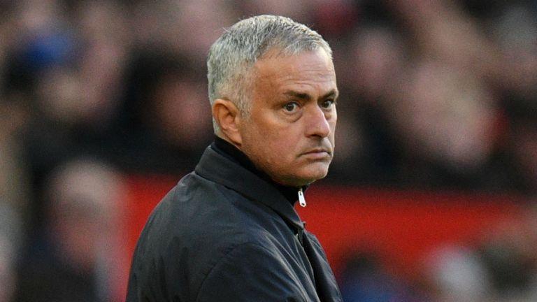 Μουρίνιο : «Ανοικτή υπόθεση ακόμη ο τίτλος στην Premier League» | tanea.gr