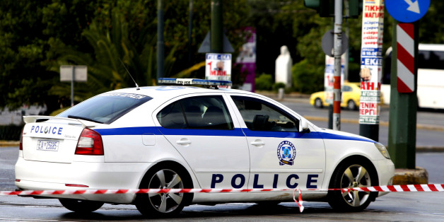 Τηλεφώνημα για βόμβα στα δικαστήρια Πειραιά | tanea.gr