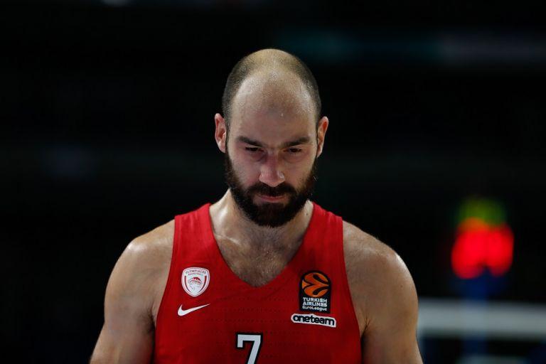 Ανησυχία στον Ολυμπιακό με τον τραυματισμό Σπανούλη   tanea.gr