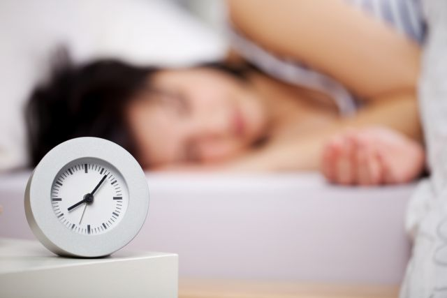 Ερευνα: Ο ύπνος που χάσατε μέσα στην εβδομάδα δεν αναπληρώνεται το Σαββατοκύριακο | tanea.gr
