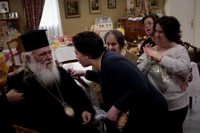 Ιερώνυμος: Υπάρχει χώρος για όλους στη γιορτή της πίστης | tanea.gr