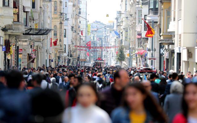 Τουρκία: Στην Κωνσταντινούπολη ερίζουν για τη νίκη οι υποψήφιοι | tanea.gr