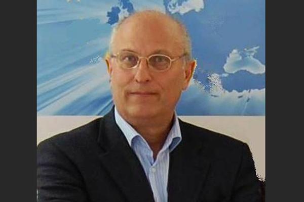 Βλάσης Αγτζίδης: Η στήριξη στη συμφωνία των Πρεσπών και η «αποθέωση» του Ιβάν Σαββίδη | tanea.gr