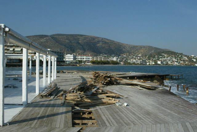 Διαψεύδει τα περί μαζικών τακτοποιήσεων αυθαιρέτων στον αιγιαλό το ΥΠΟΙΚ | tanea.gr